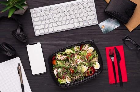 12. OFFICE BOX wegetariańska, bezglutenowa